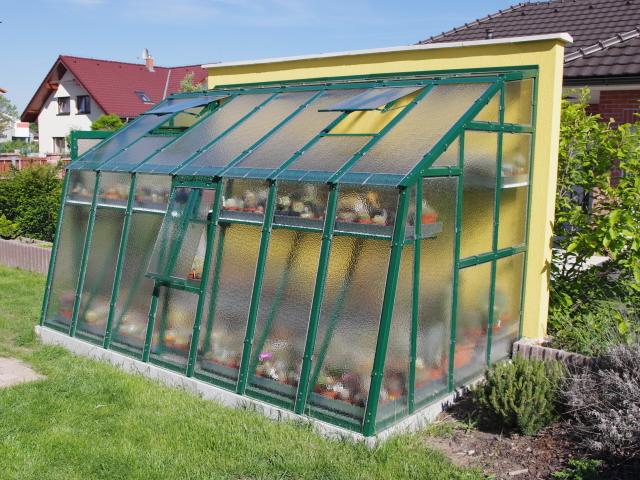 Lakovaný skleník PRIMUS D 4,5 - přístavba k domu