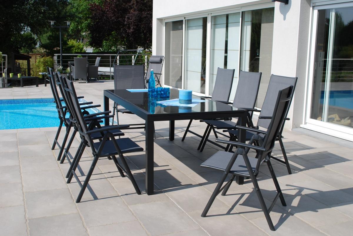 Tempo 6+ - sestava nábytku z hliníku (1x stůl Tempo 210 + 6x pol. křeslo Posa 7)