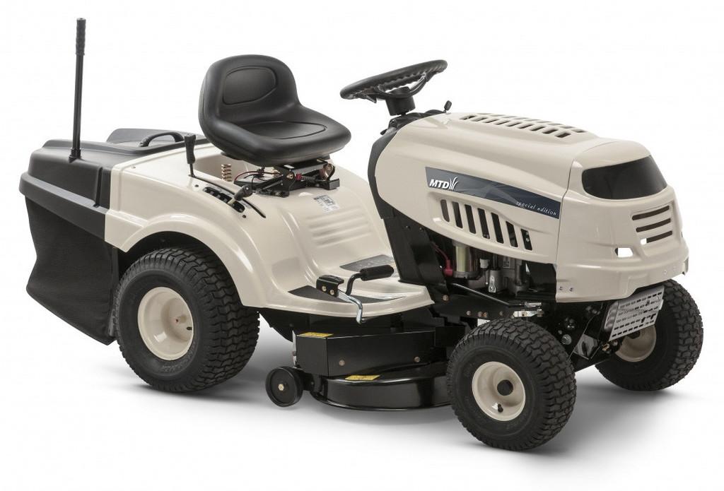 Riwall PRO RLT 92 H (MTD DL 92 H) - zahradní traktor s zadním výhozem