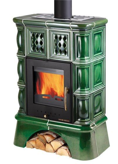 TREVISO kachlová kamna s výměníkem a kachlovým soklem - černá, zelená kachle